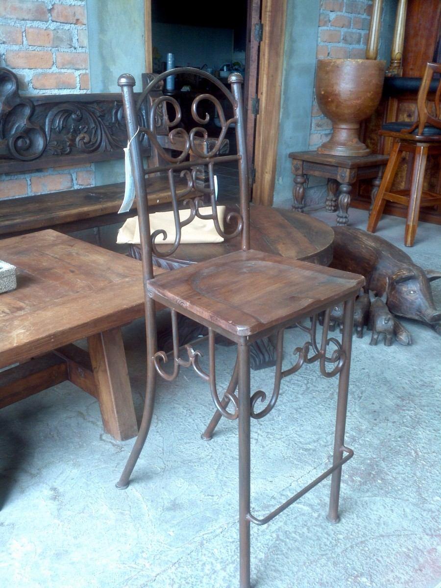 Banco para bar de herreria y madera dise o exclusivo for Bares en madera disenos