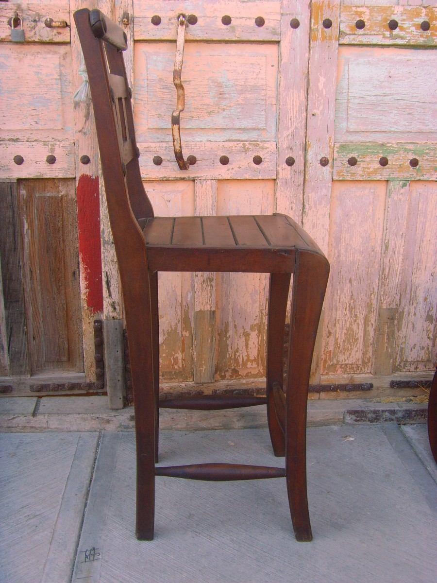 Banco para bar de madera de mezquite estilo santa fe for Bar de madera usado