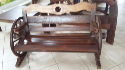 banco roda de carroça rústico