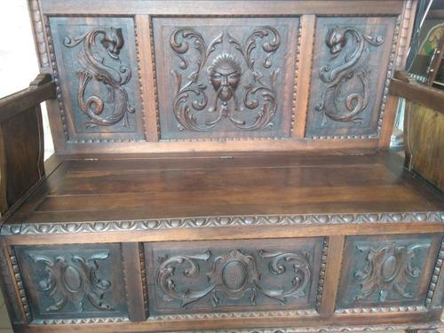 banco/baú antigo entalhado renascentista