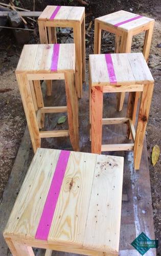 bancos de madera de pino restaurante