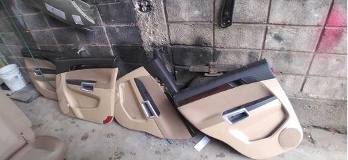 bancos dianteiro e traseiro captiva e forro de porta