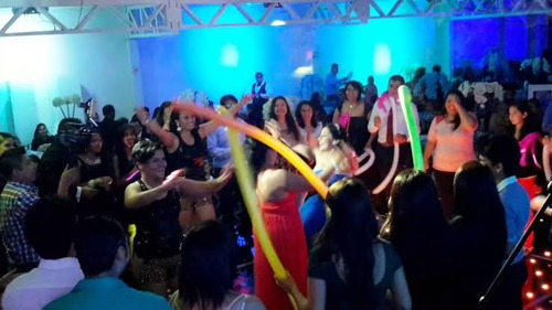 banda de rock q toka de todo para tu fiesta, mandanos watts