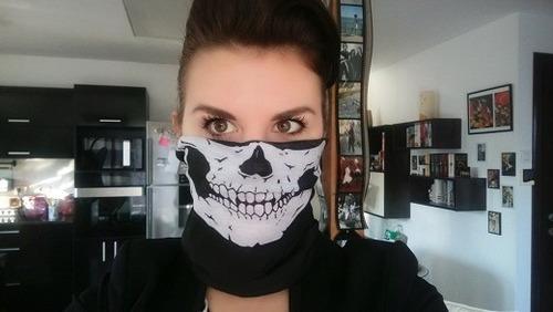 bandana máscara preta com estampa de caveira motoqueiro