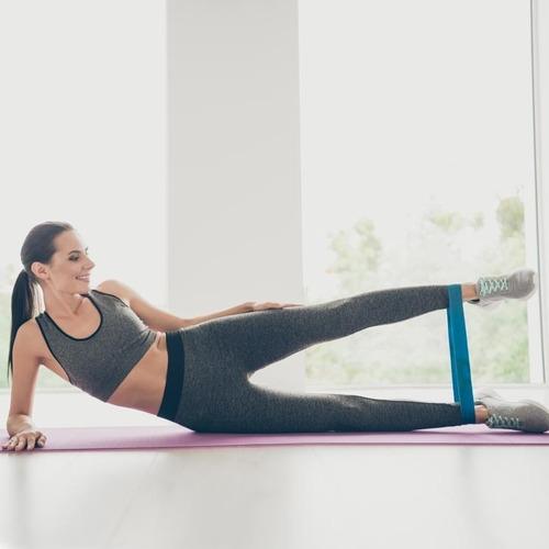 bandas de resistencias elasticas piernas pilates yoga