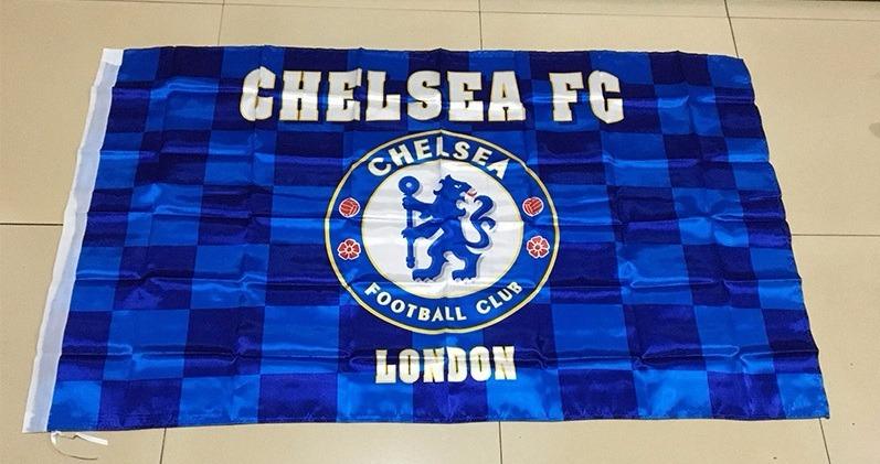 deb3111d21b5e Bandeira Chelsea 150x90cm - Linda! - R  99