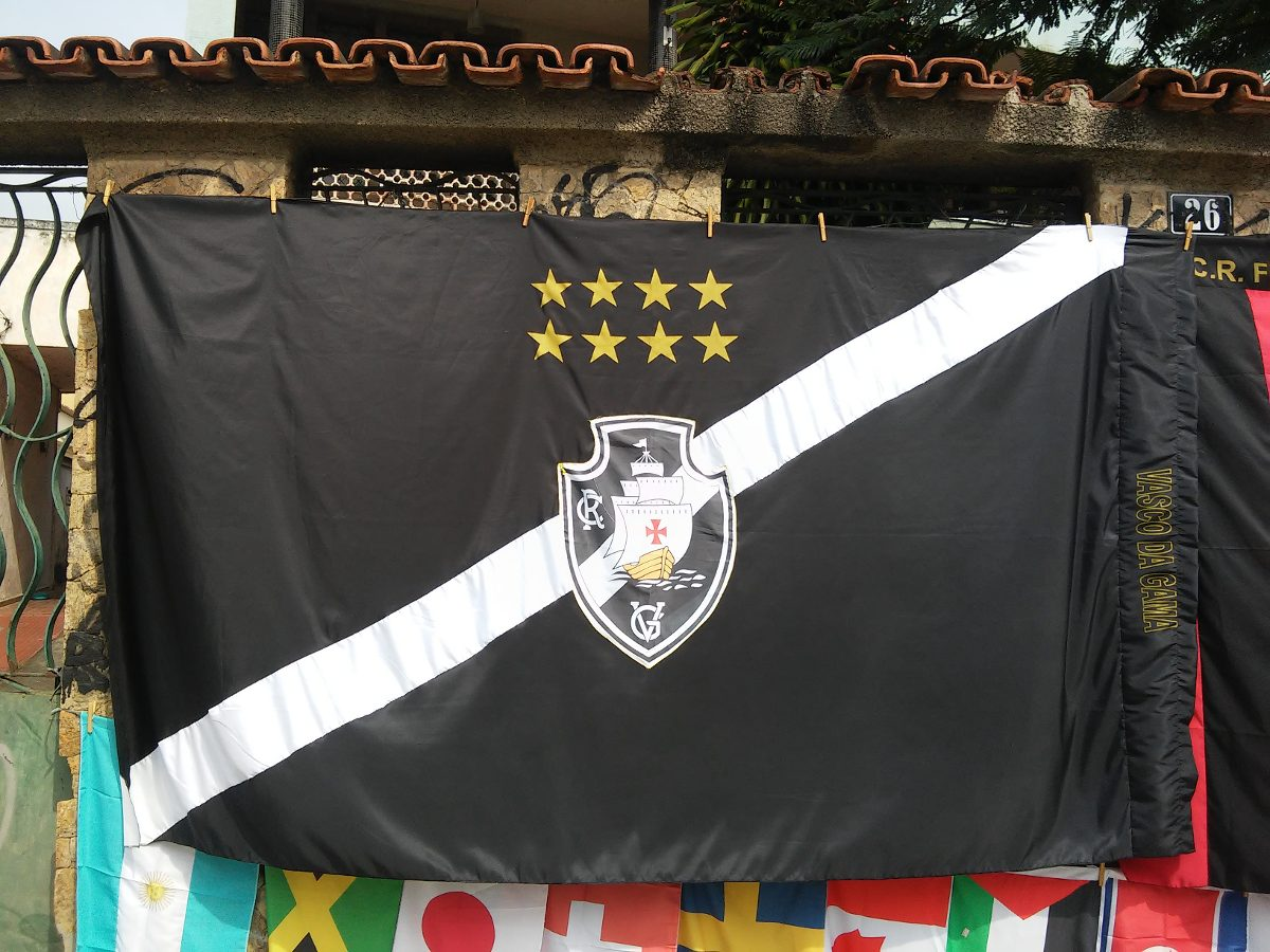 276fd29a0d1ef bandeira grande vasco da gama caravelas. Carregando zoom.