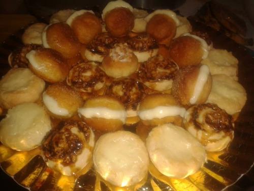 bandeja de 100 pasapalos dulces