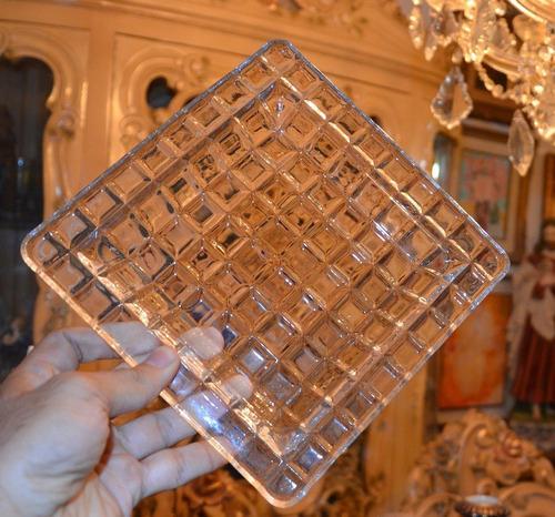 bandeja de cristal.