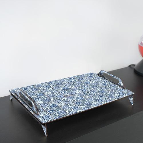 bandeja de madera liviana - mosaicos azules 45x29