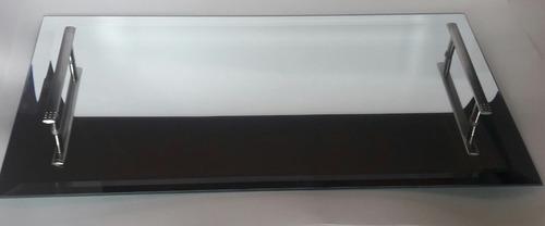 bandeja de vidro espelhada com bisotê