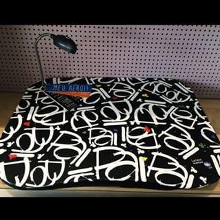 cf750179685b2c Bandeja Laptop Led Com Tags - Meu Pai - Uatt