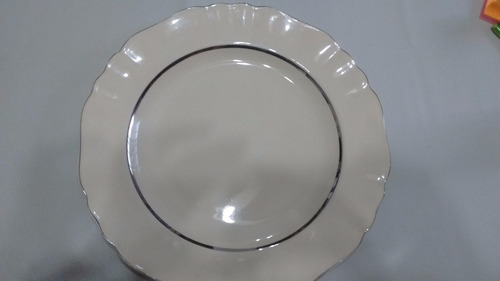 bandeja meakin redonda color crema virola plateada