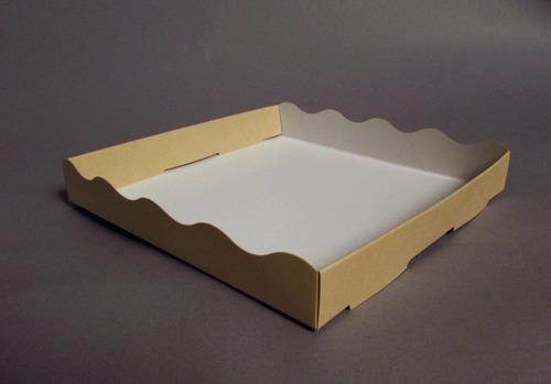 bandeja mediana 18x18x2,8 cm (x50 u) bauletto - 099 bauletto