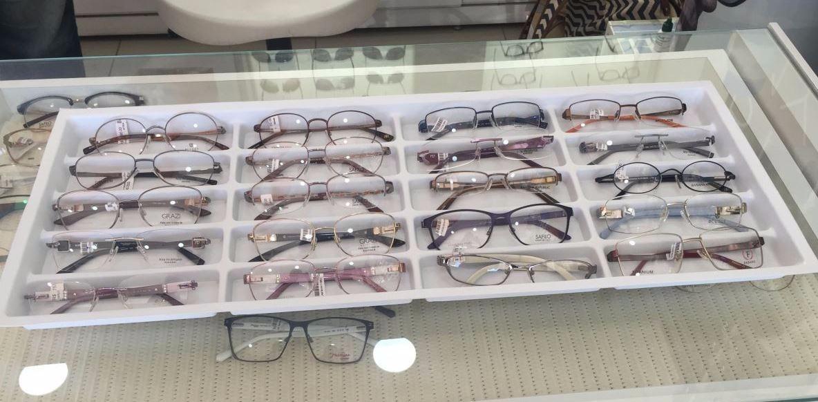 b6c07cba8 bandeja organizadora expositor 1500 20 óculos 26x66. Carregando zoom.