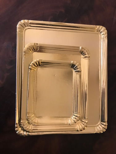 bandeja plato dorado rectangular 3/4 kg 20x23,5 cm  x50u