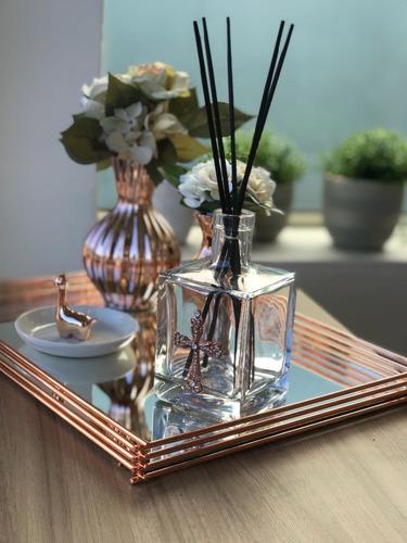 bandeja wire 30 x 40 cm hara - rosé