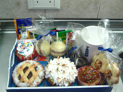 bandejas de desayuno merienda brindis.cumpleaños aniversario