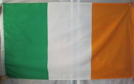 bandera de irlanda (tamaño 90cmsx150cms)doble faz polyester