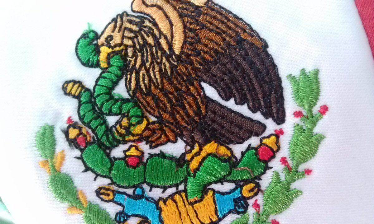 Bandera Mexico Escritorio 15x25 Bordada Color Con Asta