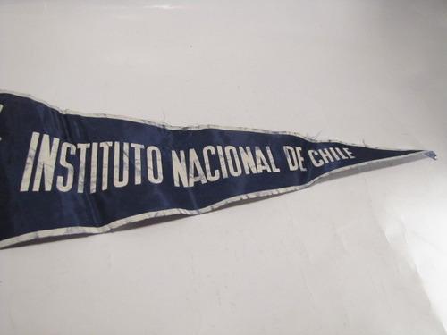 banderin instituto nacional de chile