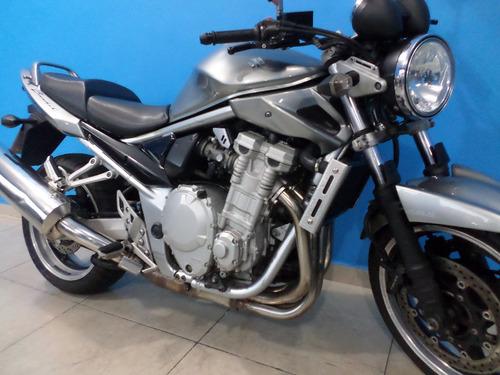 bandit 1250 n 2011  cinza  !!!!!