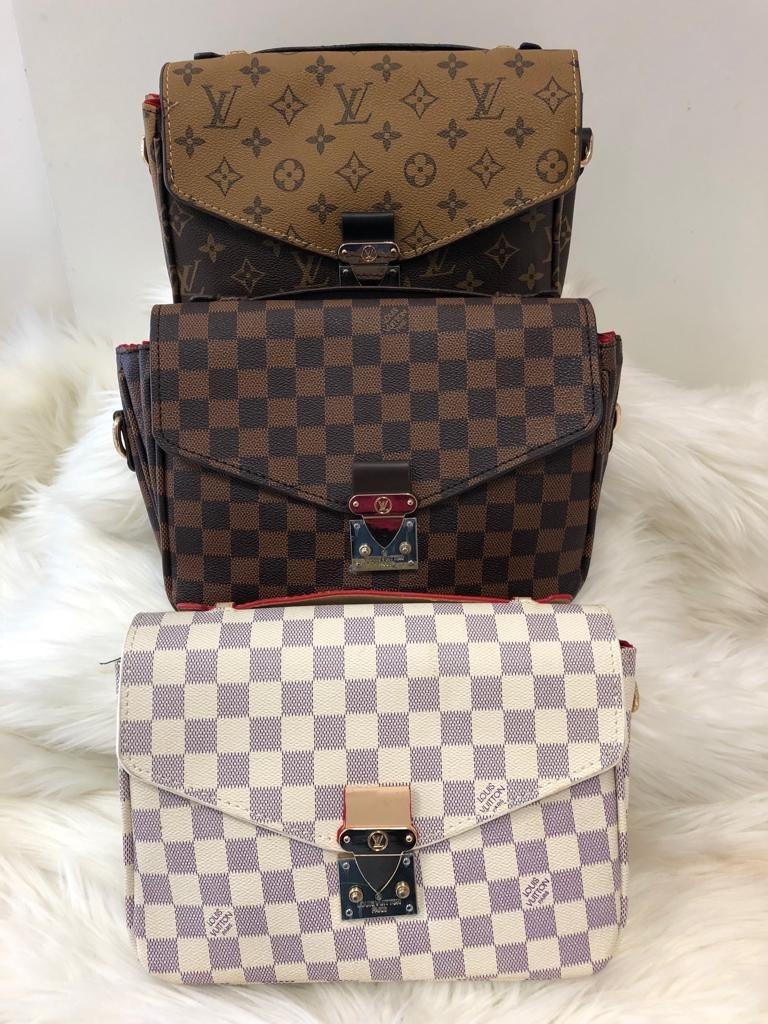 d02c3fd7a Bandolera Louis Vuitton Lv - $ 1,690.00 en Mercado Libre