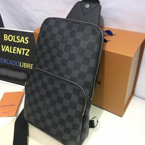 234816ed5 Bolsa Gucci Con Estoperoles - Bandoleras y Portafolios en Mercado Libre  México