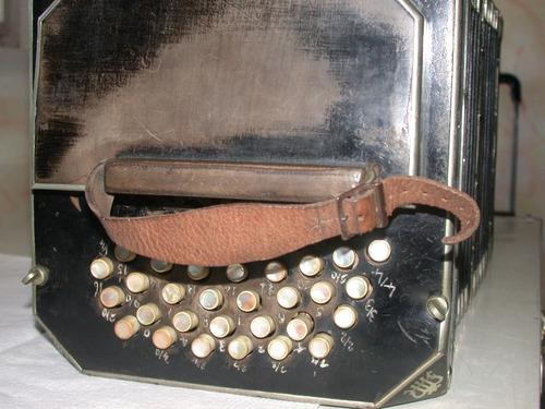bandoneon  aleman original  con caja