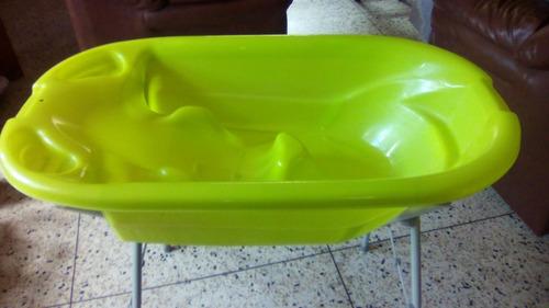 bañera con pedestal plegable