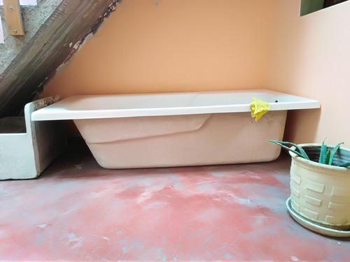 bañera rectagular color beige