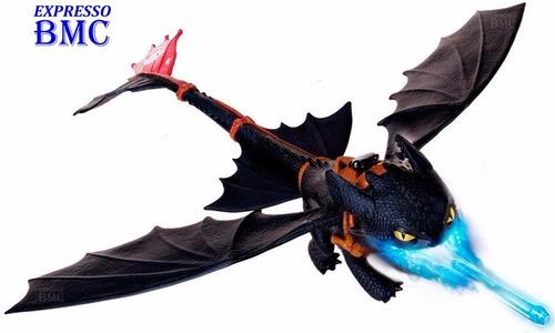 banguela gigante cuspidor de fogo como treinar o seu dragão