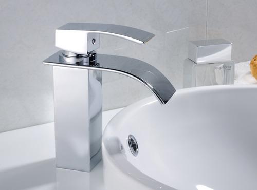banheiro misturador torneira