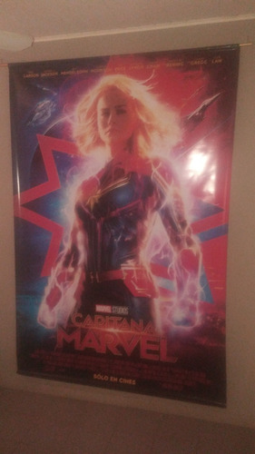 banner / poster de lona de capitana marvel original cine