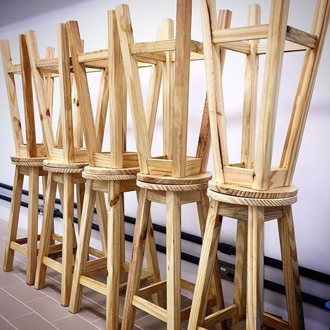banqueta de madeira media pinus sem pintura super resistente
