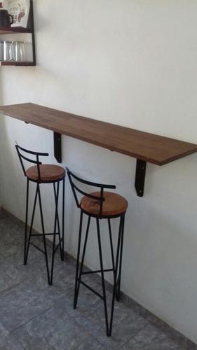banqueta-taburete de hierro y madera rustica