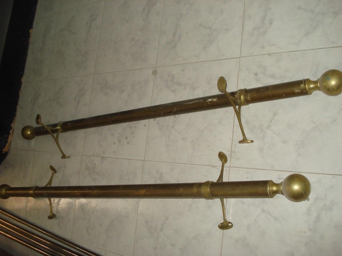 Bar con barra escuadra de madera para restaurar en oferta for Bar de madera usado