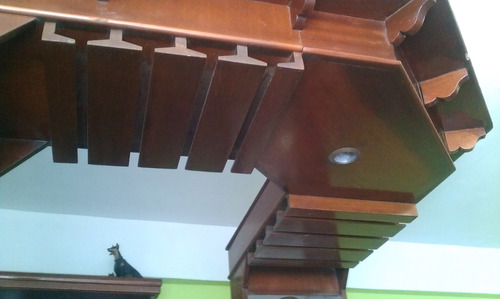 bar de madera