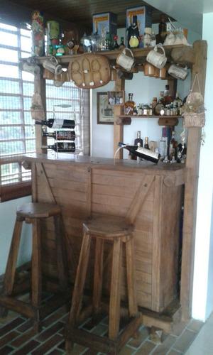bar de madera rustico (4 bancos y mueble esquinero)