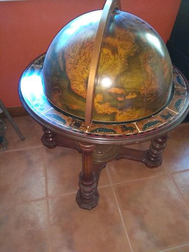 bar globo terraqueo italiano