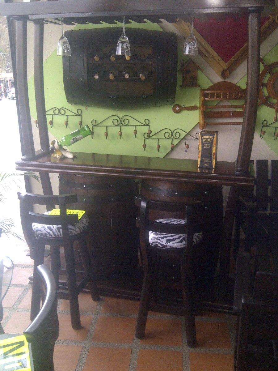 bar licorera con copero tasca madera barril o barricas