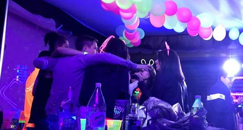 bar movil eventos / arriendo bar movil / barra movil fiestas