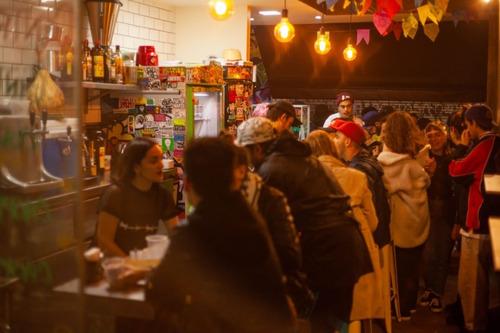 bar  restaurante  espetinhos