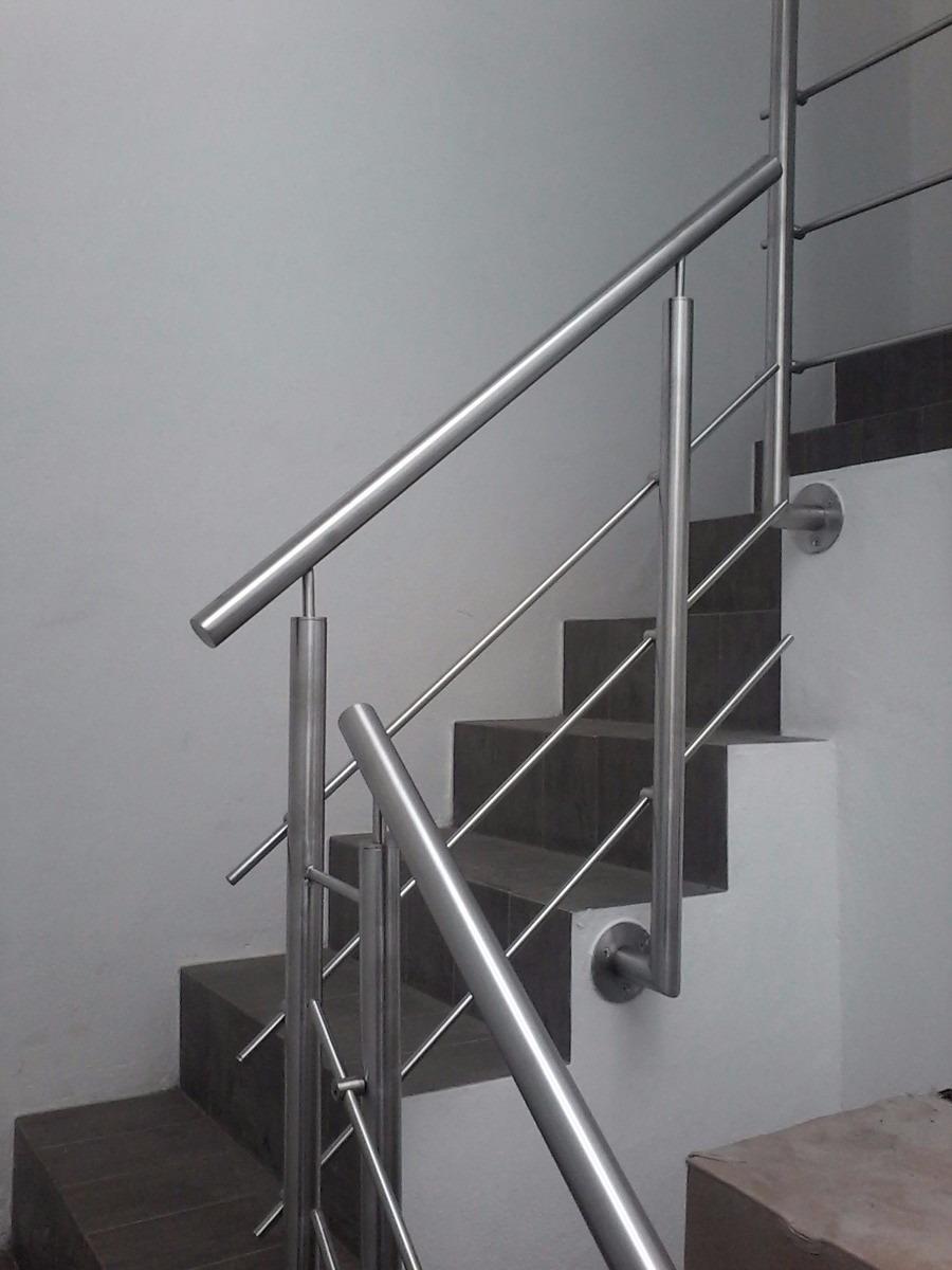 Escalera acero affordable escalera recta con peldaos de - Escaleras de acero ...