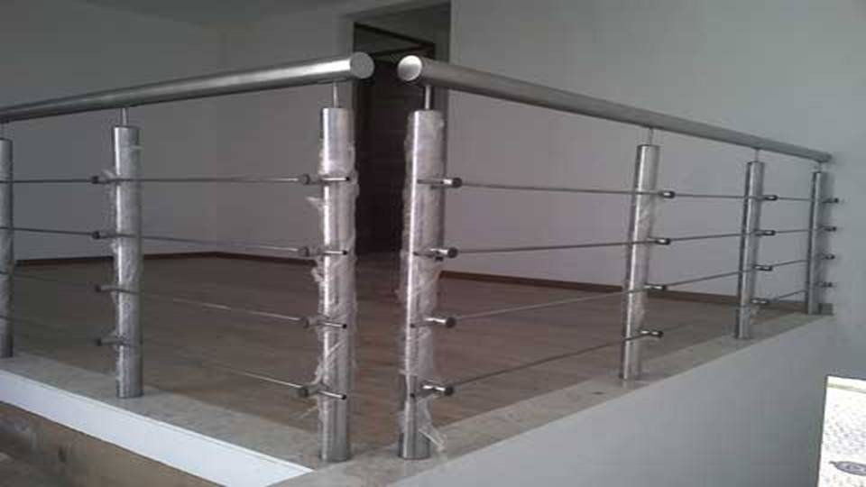 Barandales de acero inoxidable y vidrio templado - Figuras de acero inoxidable ...