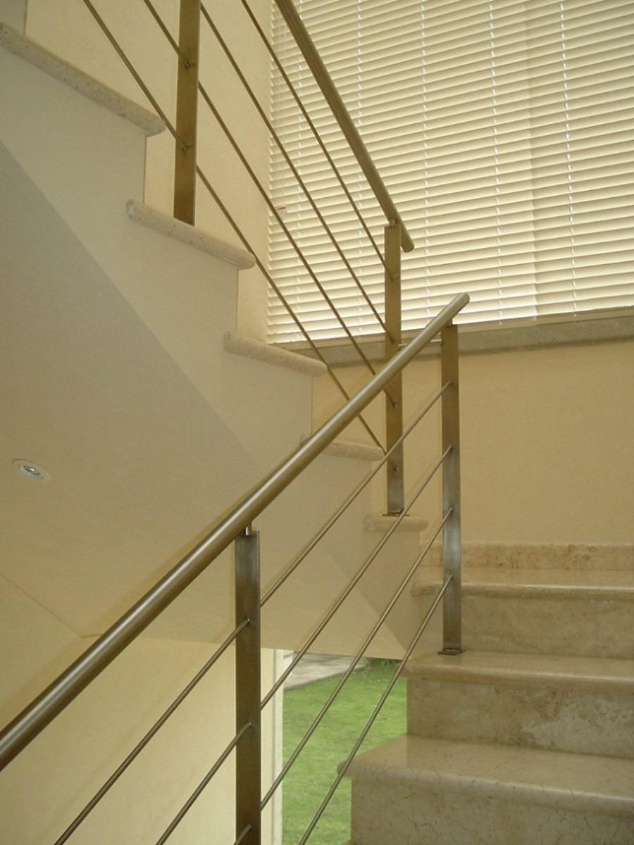 Barandas de acero inoxidable escaleras herreria de obra - Pasamanos de acero inoxidable para escaleras ...