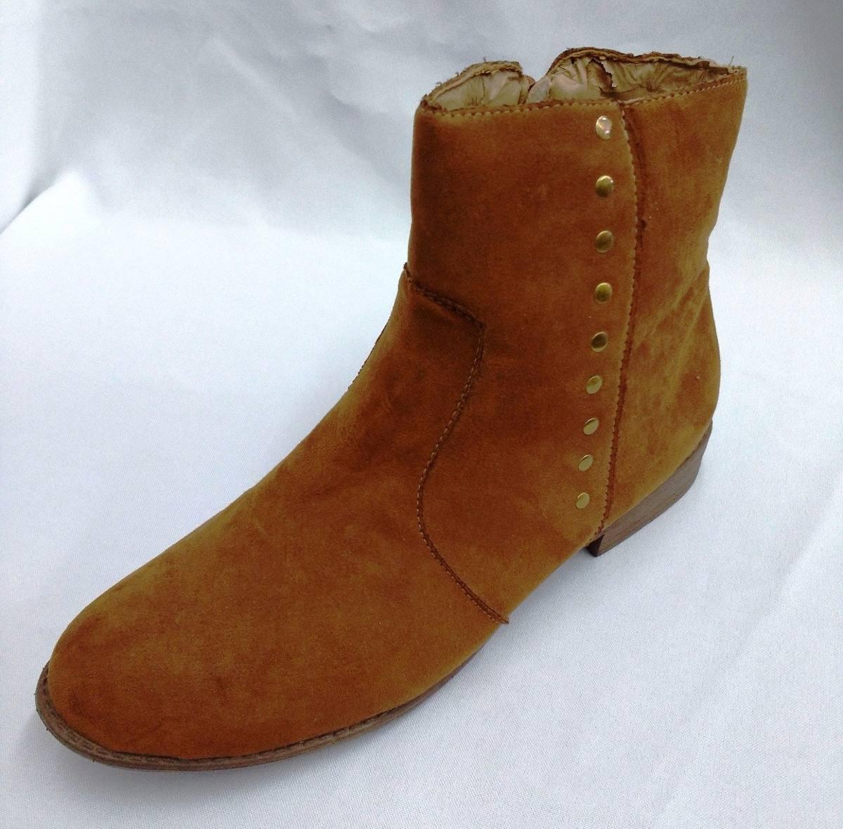 b9c03d574 barato bota feminina cano curto marisa tachas caramelo n.39. Carregando zoom .
