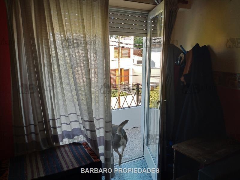 barbaro vende casa  galpon en san andres