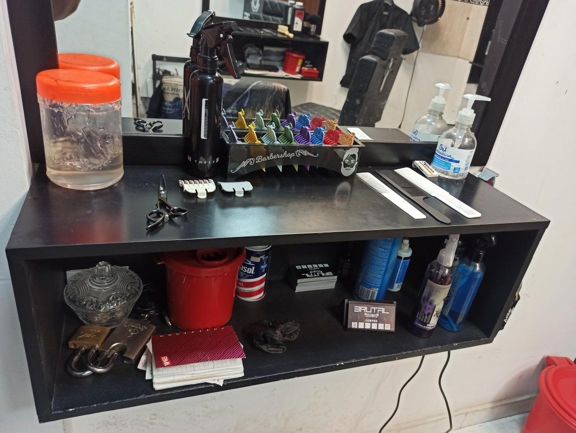 barbería de 2 puestos de trabajo, negocio, venta o cambio