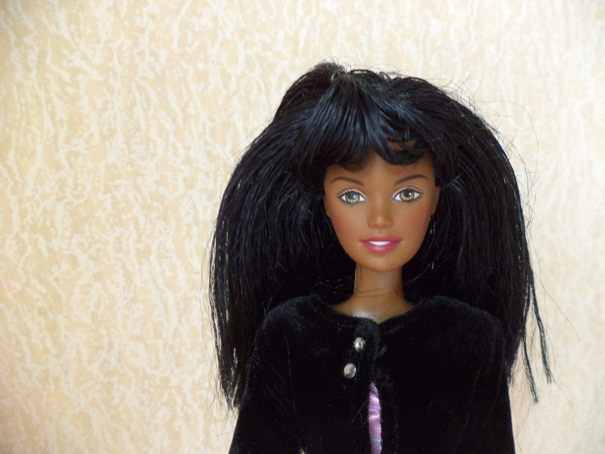 barbie afroamericana tamaño skipper hermoso cabello suave. Cargando zoom. a480b29df1c1c
